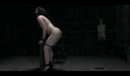 埃克德裸体的妇女的老奶奶奶奶性虐待受到惩罚拖船打手枪