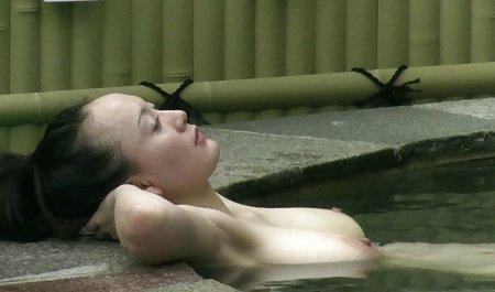 1983年裸体的女孩,日本荣腾露西男性的视频