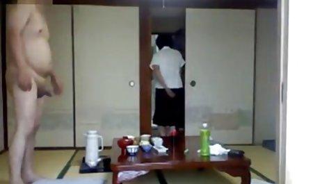 瘦女性女裸体克鲁斯的视频